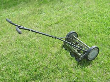 Как выбрать газонокосилку, механическая газонокосилка